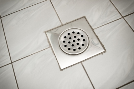 7 Clogged Shower Drain Solutions That You Can Try