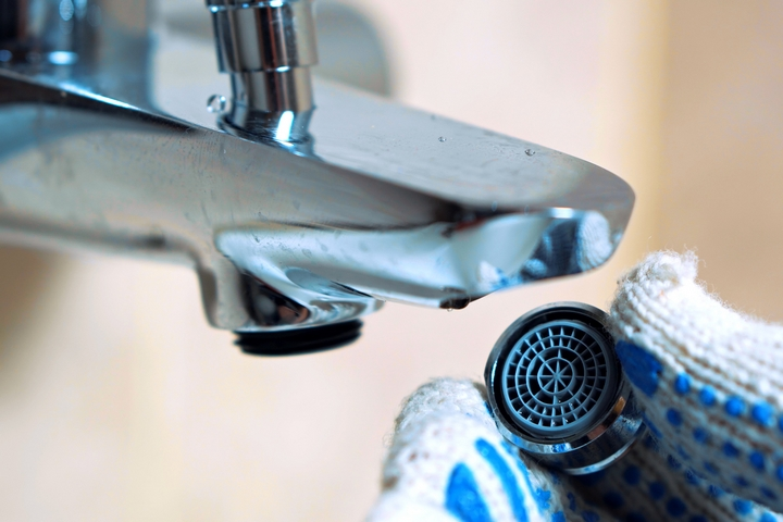 How to get rid of brown water from taps