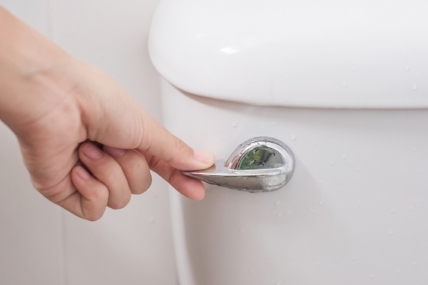 6 Ways to Fix a Toilet Not Flushing Fully