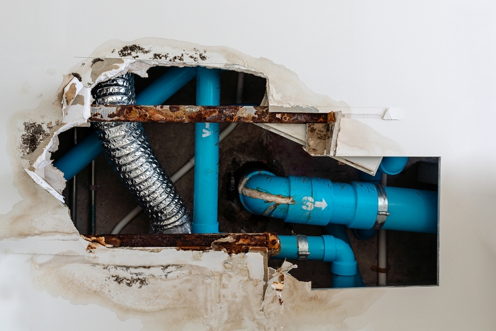 Bulging ceilings and walls are signs of burst pipe in winter.